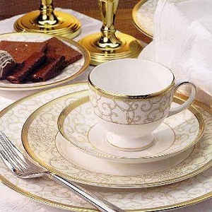 Wedgwood Celestial Gold servies